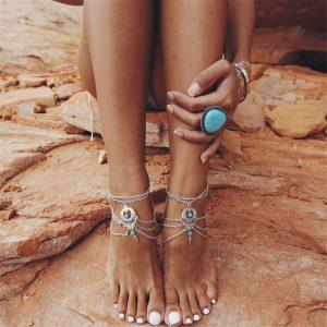 chaine de cheville argentée avec perle turquoise
