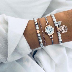 Ensemble de bracelets en perles bleues ciel et coton